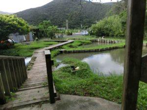 奄美大島の本場奄美大島紬泥染公園