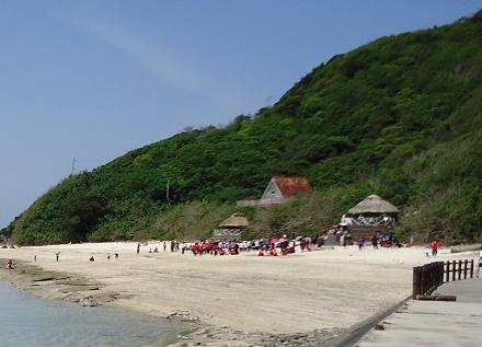 奄美大島の大浜海浜公園小浜キャンプ場